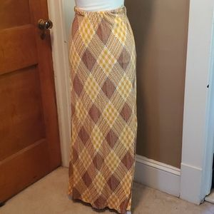 🦕3/$10 1970s Handmade Maxi Skirt